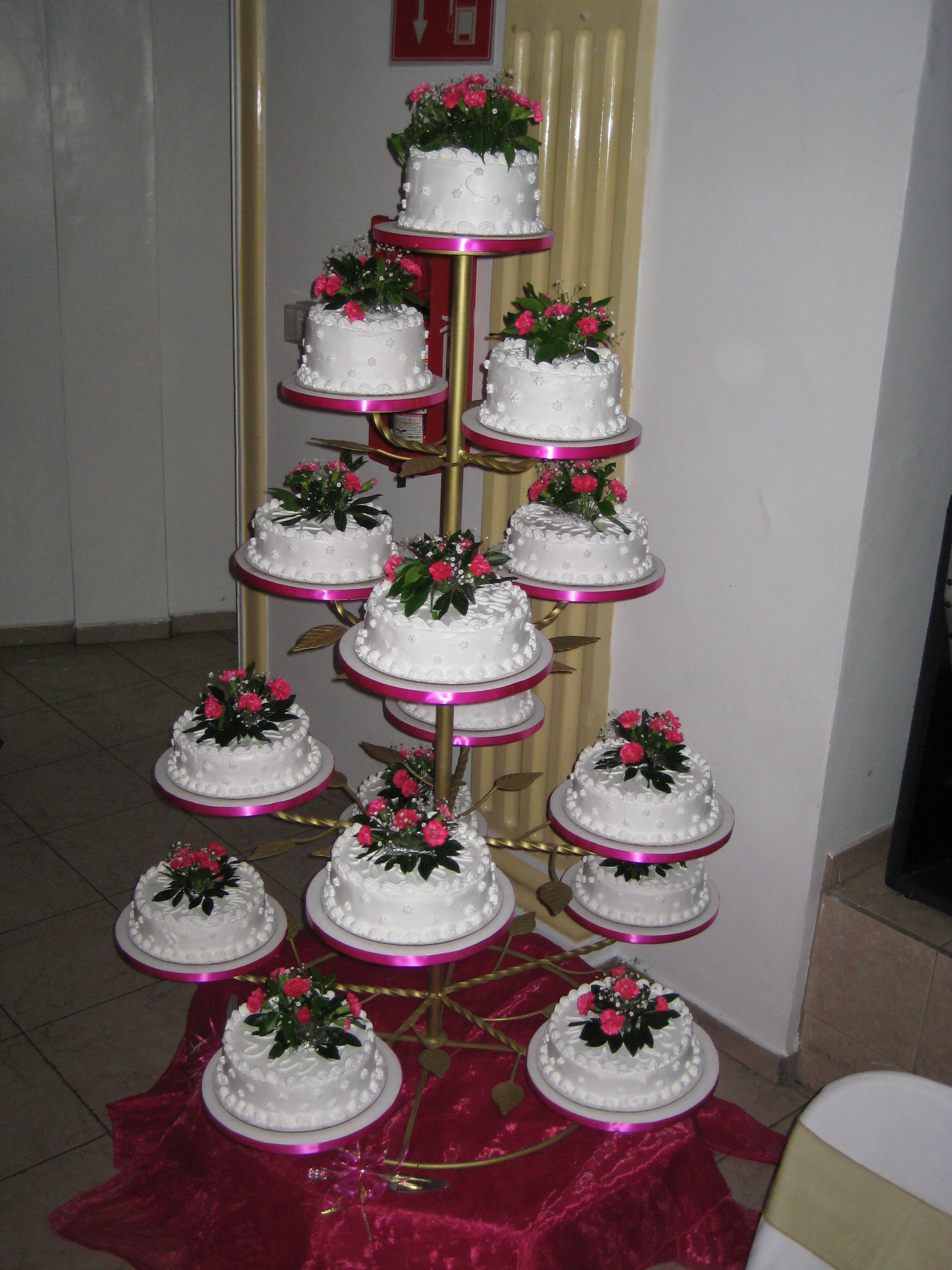 Cake Stands For Quinceaneras Cakecentral Com